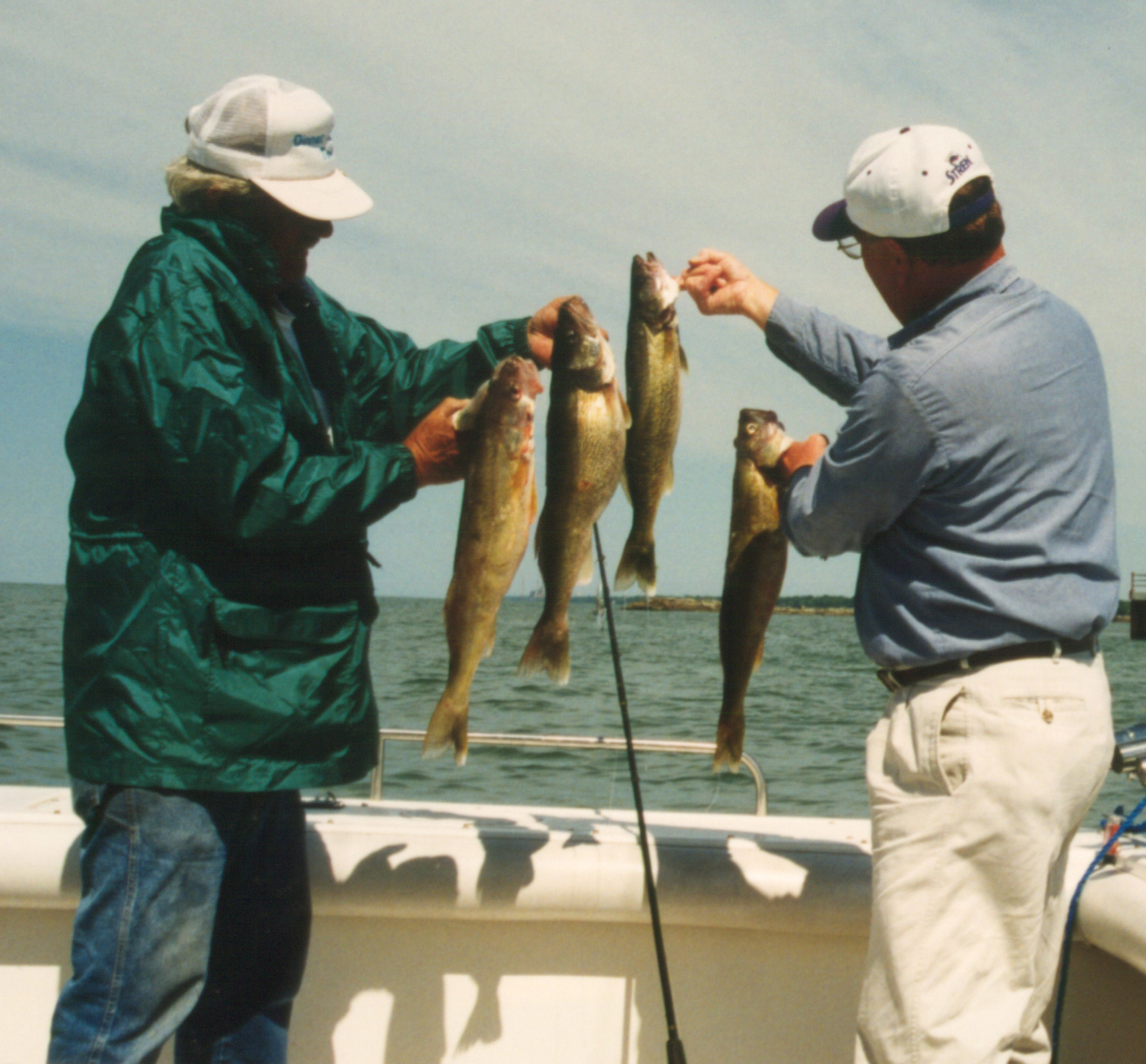 Fishing hot spots in lake erie shores islands the inquirer for Sandusky bay fishing