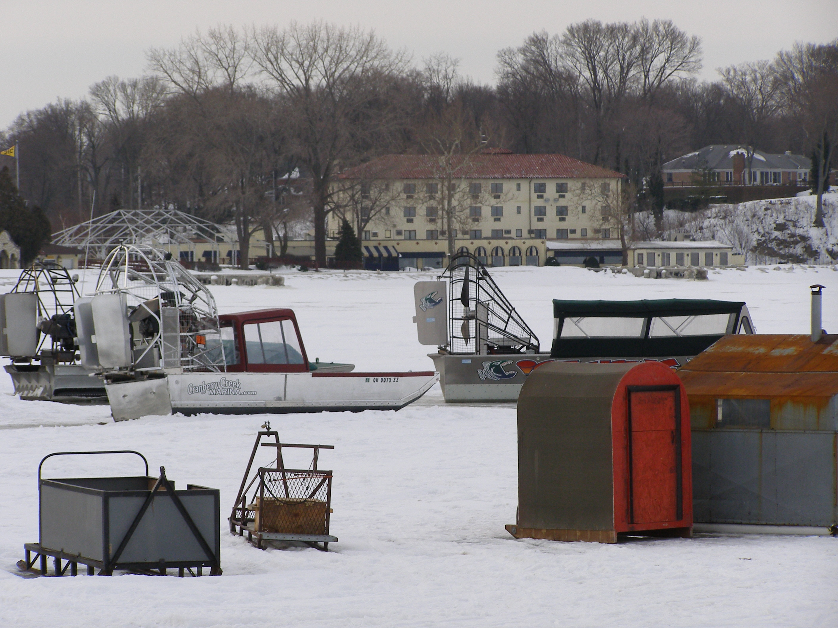 301 moved permanently for Lake erie ice fishing